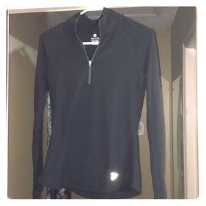 Old navy Semi-fitted active top